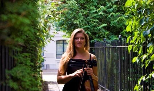 Evelien Graat viool